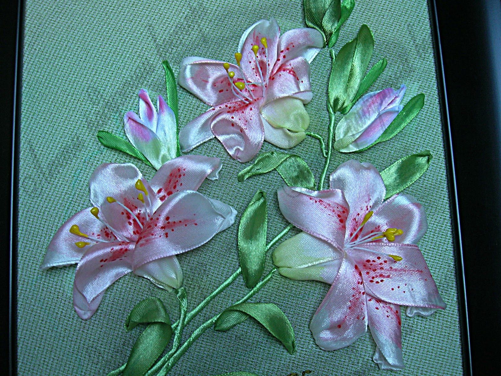 фото цветы на тарелке