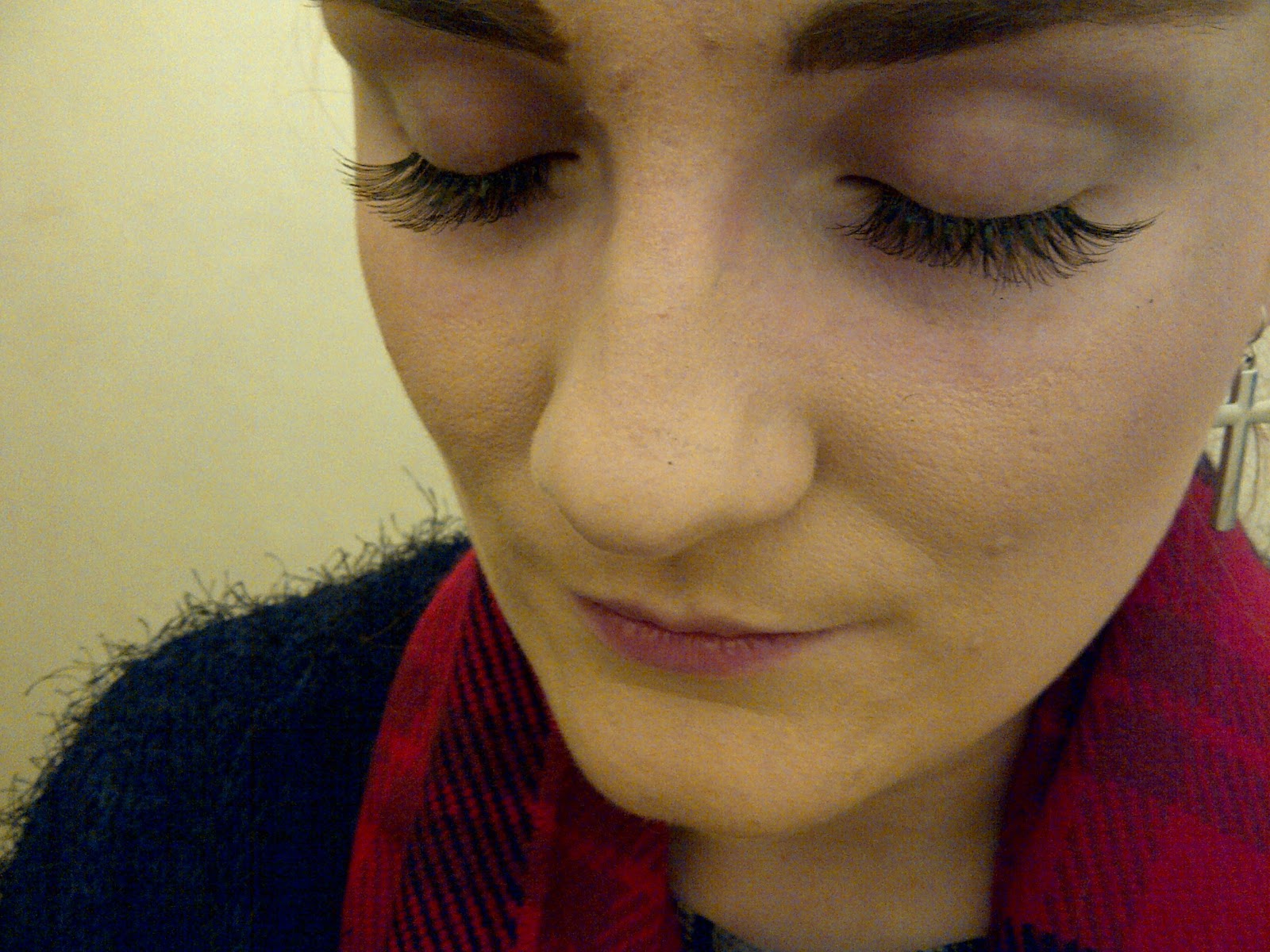 lash extensions falling off straight after application