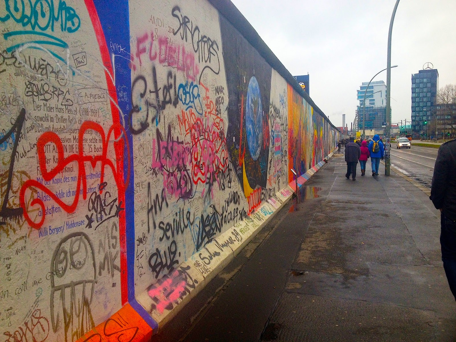 graffiti on East Side gallery