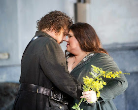 Stuart Skelton and Leah Crocetto - Verdi's Otello - English National Opera - photo credit Alastair Muir