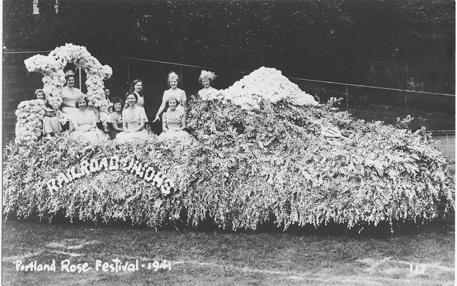 Vintage 1941 Rose Festival Parade Real Photo Postcard -The Cedar Chest blog