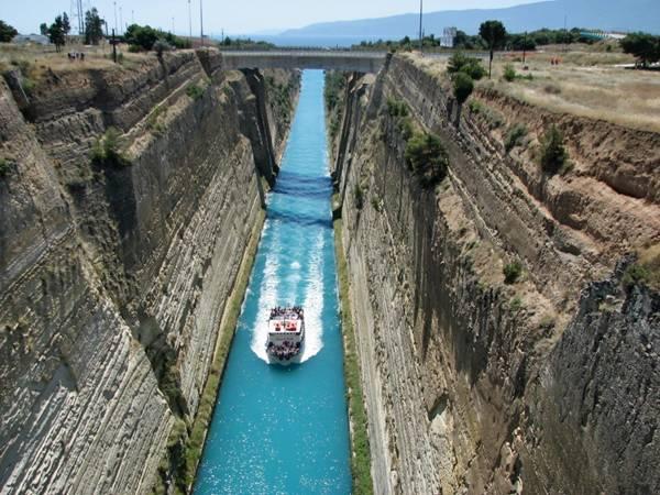 Corinth Canal, Nice n Funny
