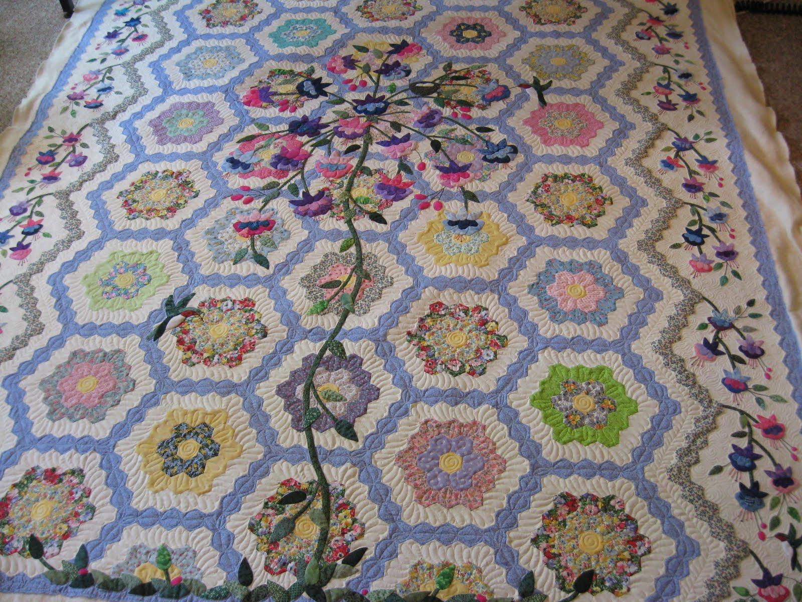 Artistic Quilting Amazing Applique Quilt