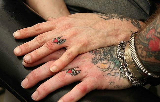 Tatuajes para parejas - anillos   Blog del vago