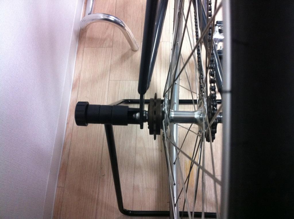 自転車の 自転車 ハンドル グリップ 汚れ : Fixed Life: 【スタンド】岩井商会 ...