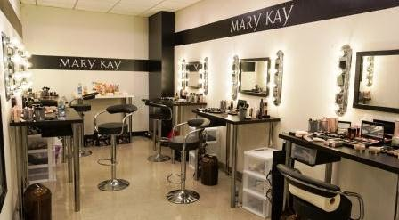 mary kay inc direct selling and the challenge of online channels -83% of customers search online before buying electronics, computers, books, music or movies -internet channels allow retailers to offer a great assortment of products and to provide more information to customers.