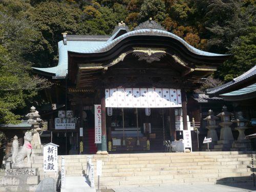 由加神社拝殿