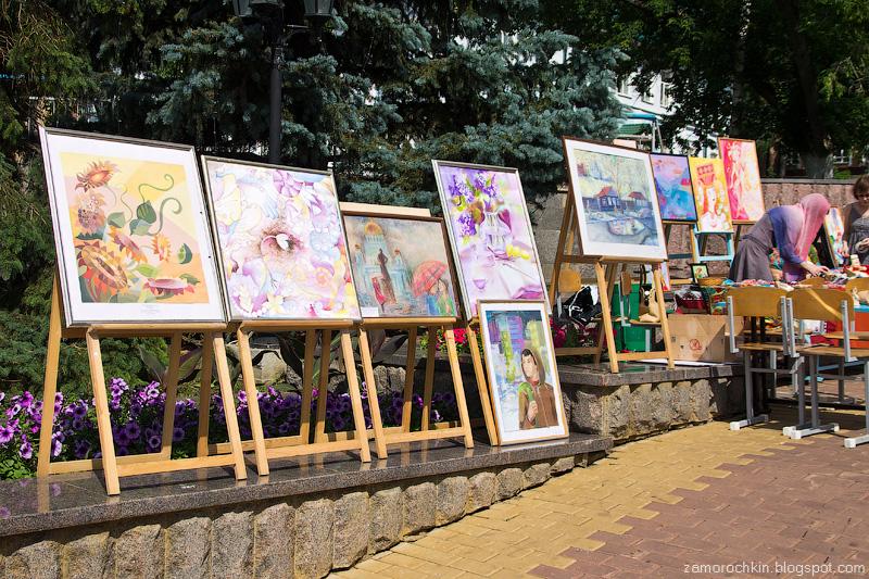 Художественное творчество на фонтанном спуске. День города в Саранске