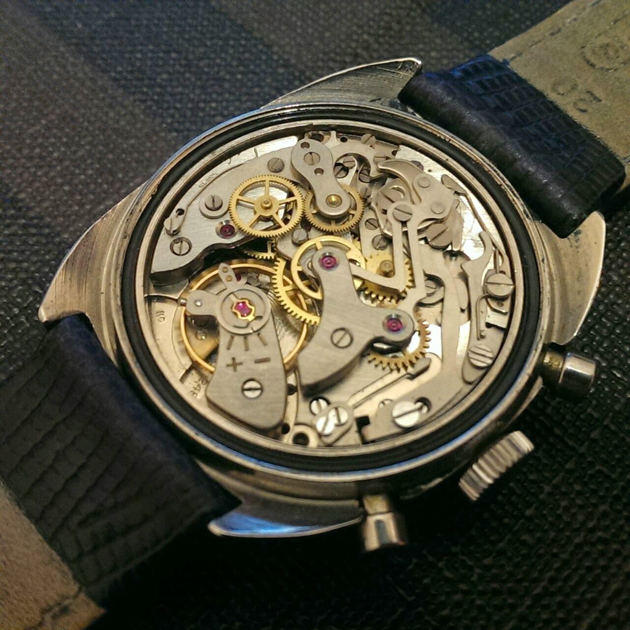 Cocok untuk Anda seorang Kolektor Jam antik   vintage watch... yang  mengutamakan ke-presisian sebuah karya jam tangan... GOLANA CHRONOGRAPH -  MECHANICAL ... 61f827a39d