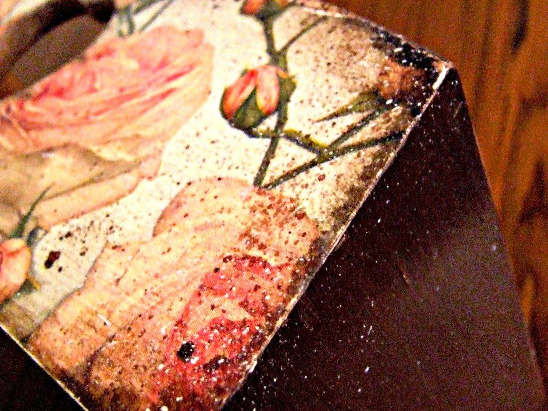 pojemnik kuchenny na pieczywo lub owoce w stylu vintage - decoupage motyw kwiatów Eco Manufaktura