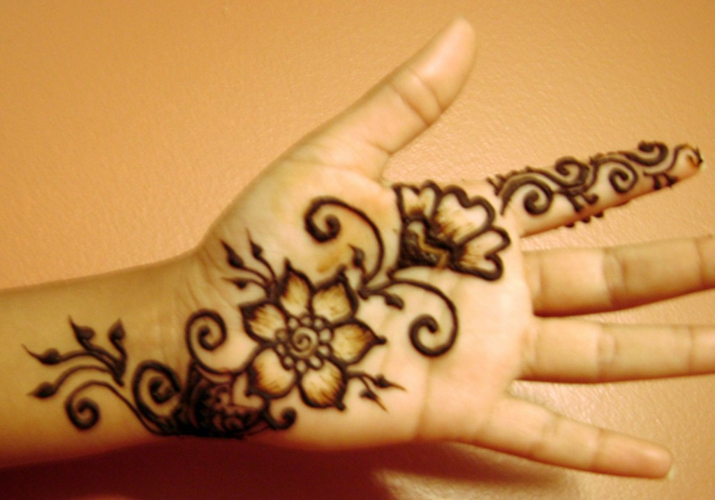 Very Easy Mehndi Designs For KidsLiteratura Por Un Tubo