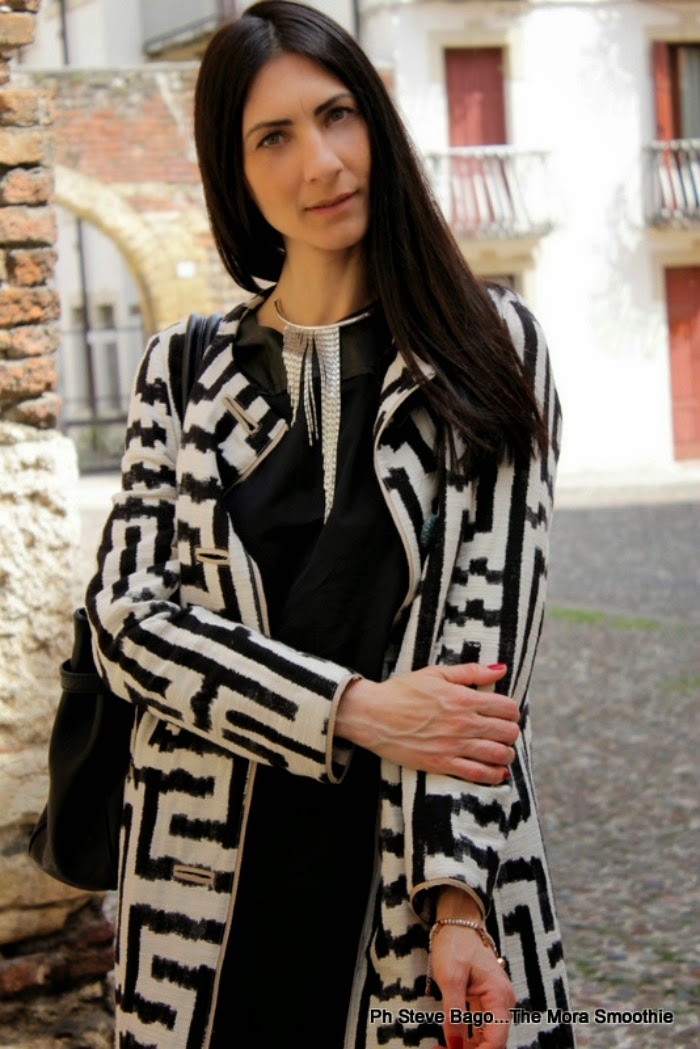 themorasmoothie, fashion, fashionblog, fashionblogger, moda, mode, look, outfit, outfitoftheday, lookoftheday, paola buonacara, girl, model, blogger, italianblogger, bloggeritaliana, instafashion, dress, coat, agata della torre, maliparmi, fashionbloggeritaliana, streetstyle, paola buonacara
