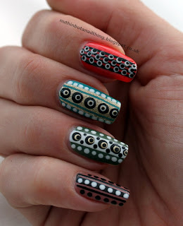 spots stripes nail art