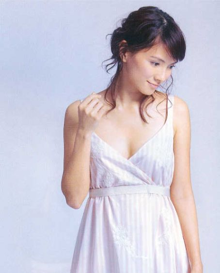 Malaysian Celebrity Singer Angelica Lee-08