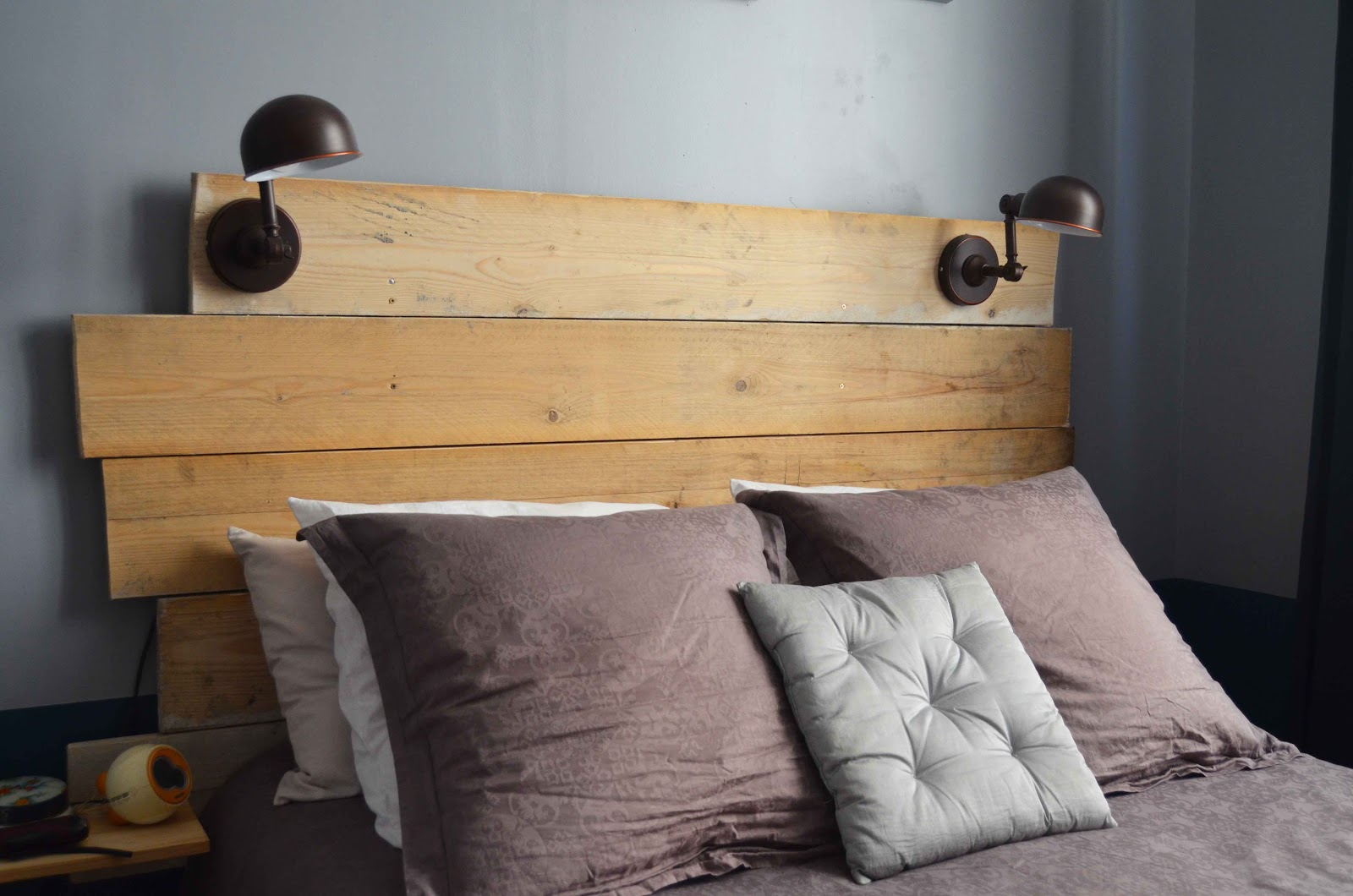 Le go t du d tail t te de lit faite maison for Maison de valerie lit