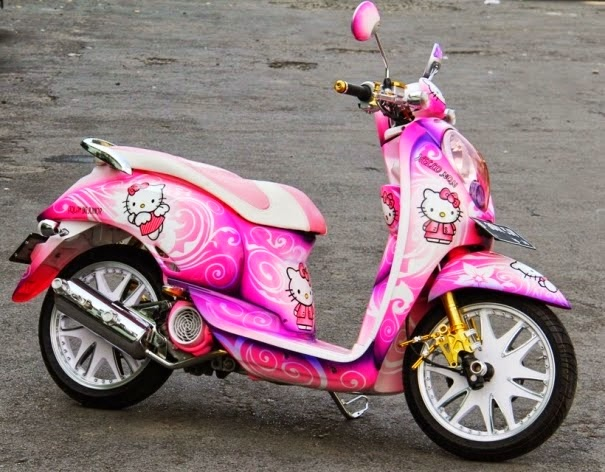 modifikasi motor honda scoopy hello kitty