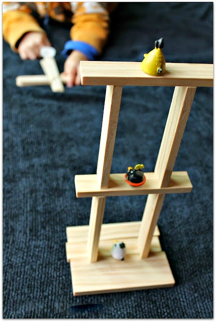 how to make a catapult at home