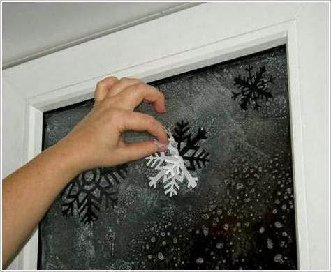 Снежинки - декор для окна. Snowflakes on the window DIY tutorial