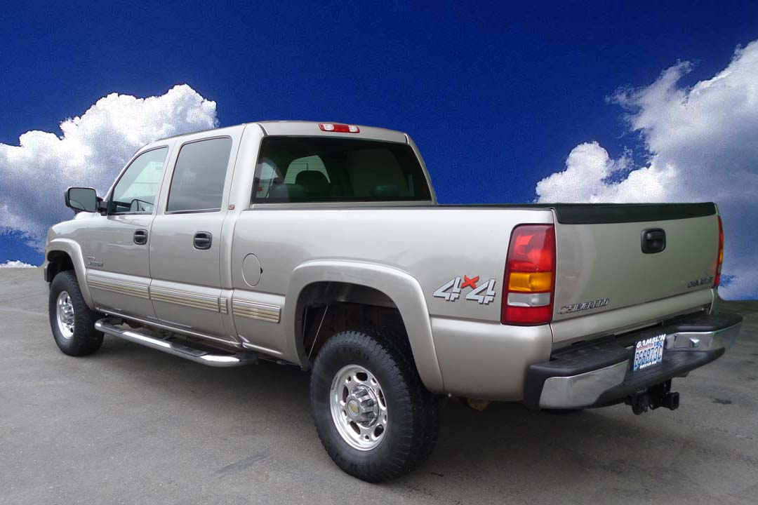 Gamblin motors 2001 chevrolet silverado 2500 diesel pewter for General motors dealers near me