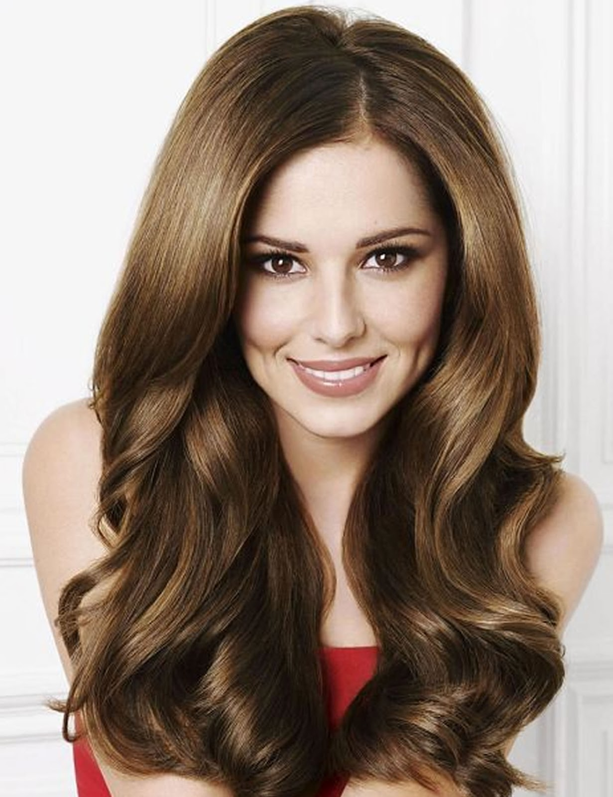 Look stunning and hot with hair extensions different types, colors  title=