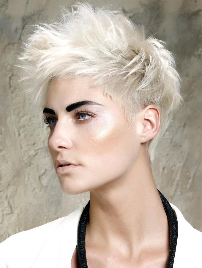 cortes de pelo para mujeres locos
