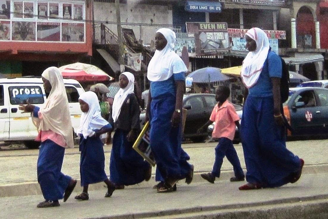 Muslimah Ghana Dapat Dukungan Presiden Untuk Berjilbab