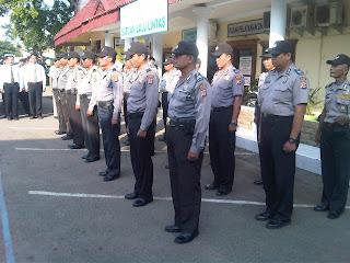 Patroli keamanan Pilkada dan Pilwakot Cirebon