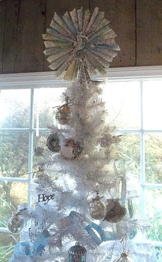 coastal tree topper
