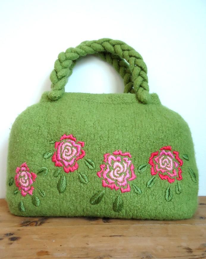 Knit N Pearl Roses Tote Bag