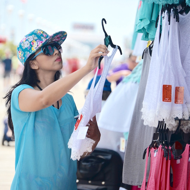 Sun, sand and shopping- mariestilo