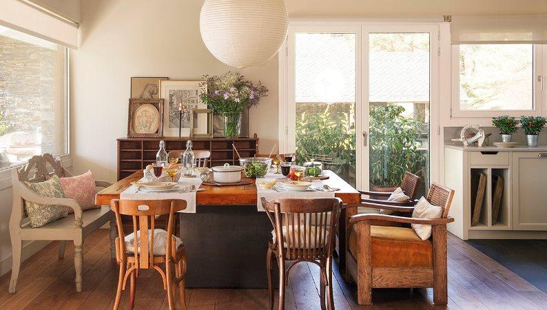 mesa comedora con banco y sillas