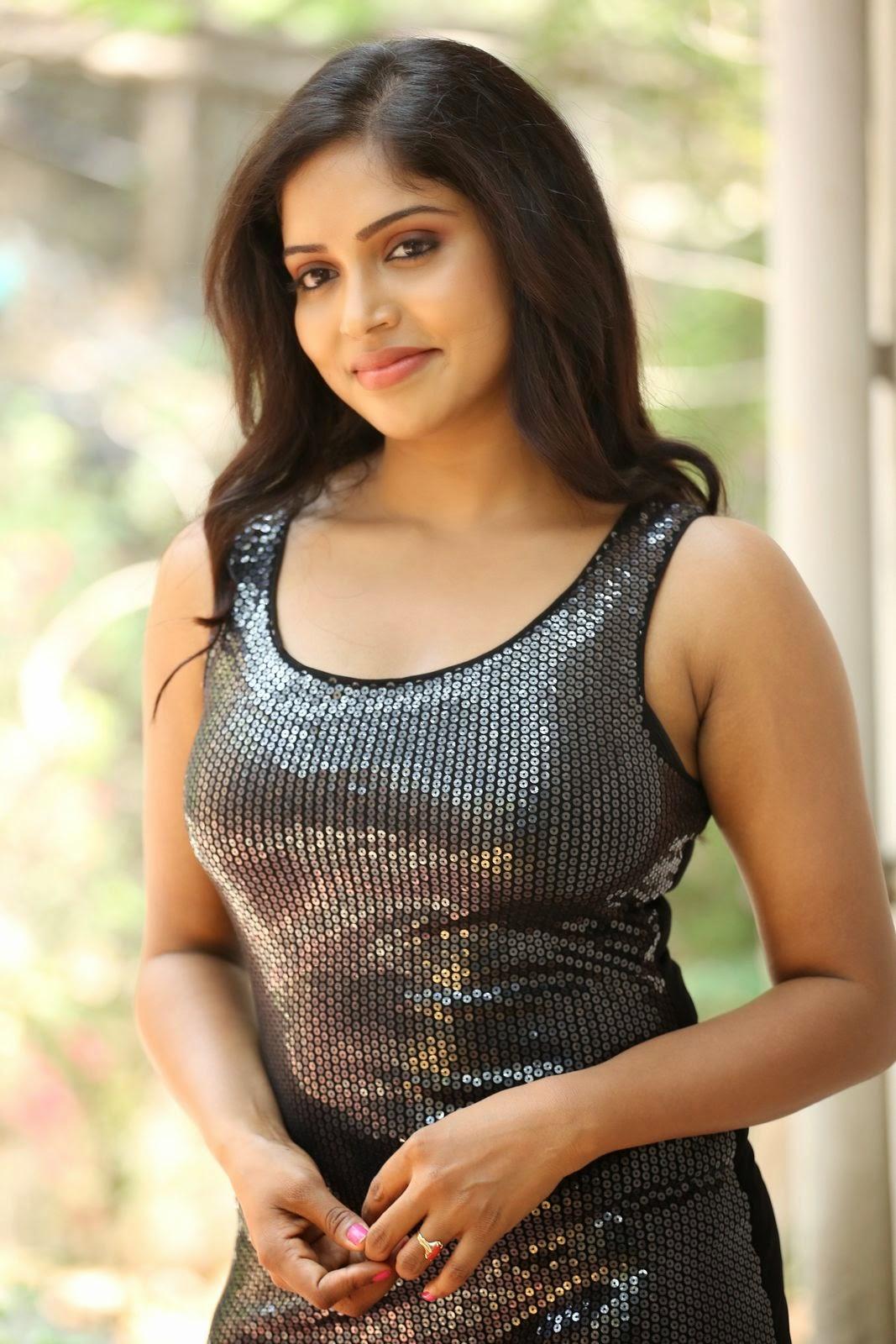 Actress Karunya New glam pics-HQ-Photo-10