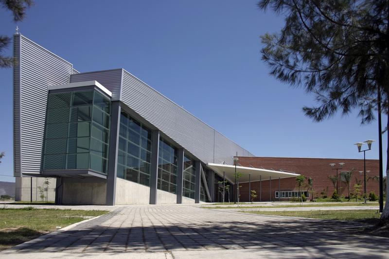 Bibliotequera biblioteca mediateca fernando del paso m xico for Programa arquitectonico biblioteca