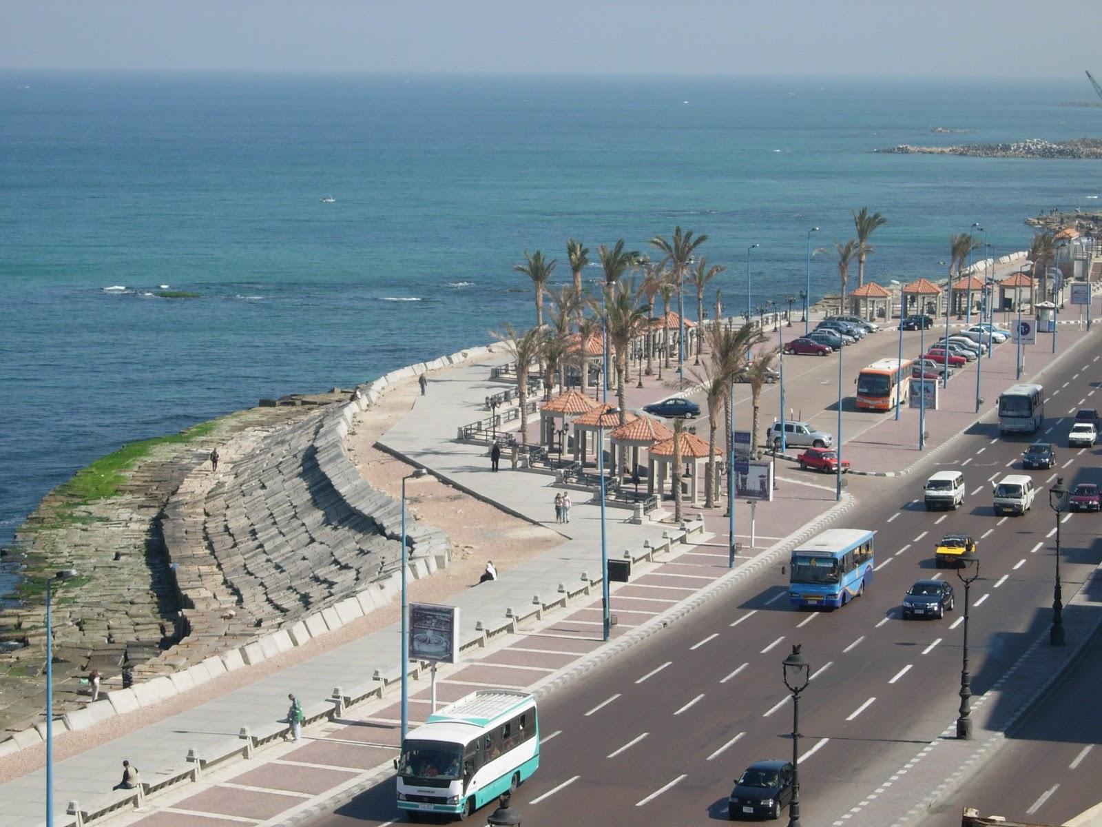 الإسكندريــة مدبنة السحر والجمال Alexandria+Sea+Coast+%284%29