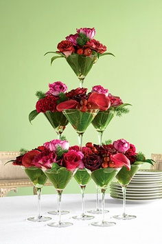Arranging Wedding Flowers In Glasses