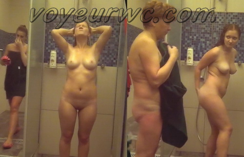Showerroom 1462-1478 (Public Shower Room Spy Cam)