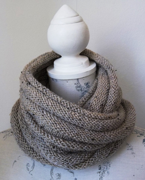 Aran Tweed Cowl Hand Knitting Pattern
