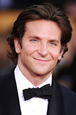 BRADLEY COOPER MEIDUM BACKWARD HAIRSTYLE