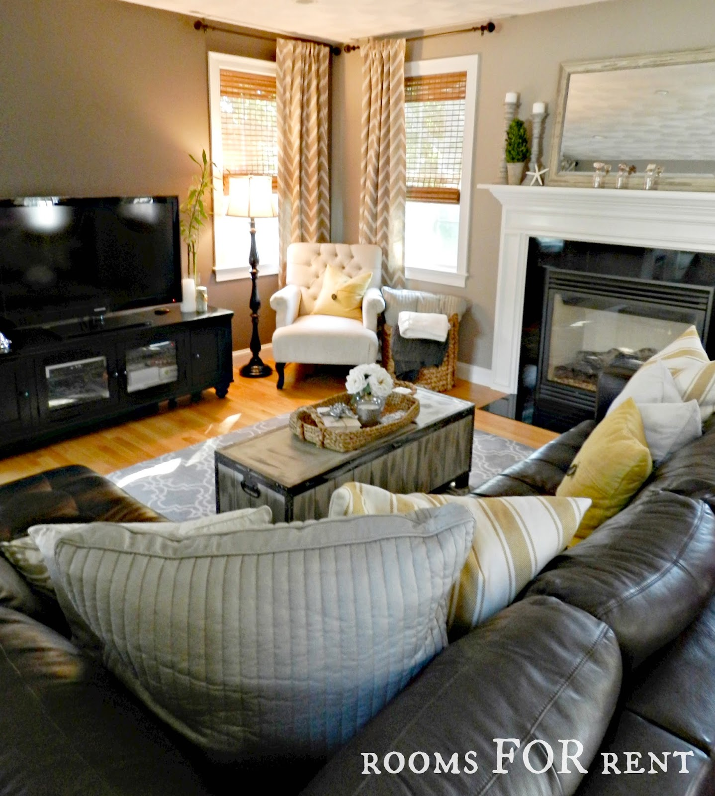Leather Sofa Makeover How To Style A Dark Leather Sofa Den Makeover Beneath My Heart