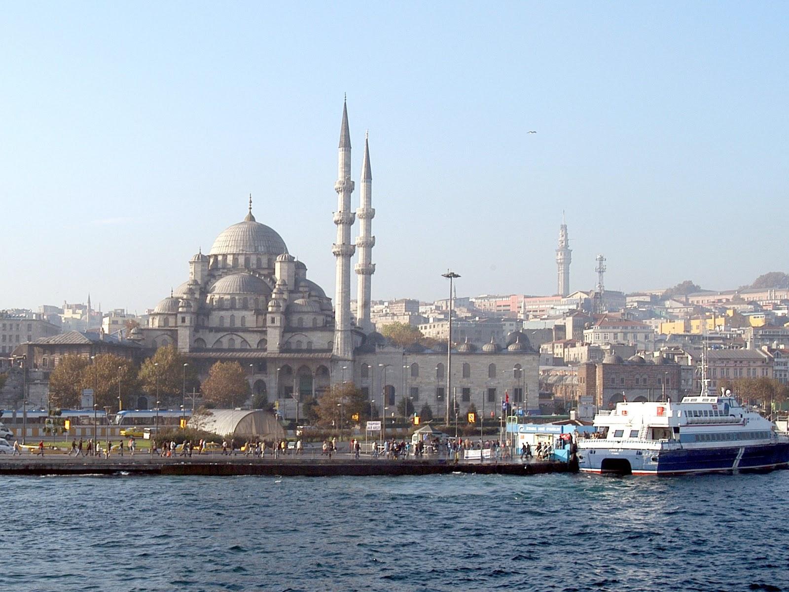 http://1.bp.blogspot.com/-owvdRQ13Tmo/UV6e1nPGQWI/AAAAAAAAClg/IOlkROXrfwk/s1600/New_Mosque_Istanbul.jpg