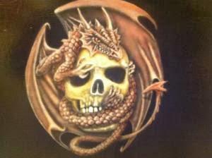 Peinture sur meuble skull et dragon aerographe par bysoairdisign