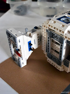 lego r2d2 - you put your right foot on...