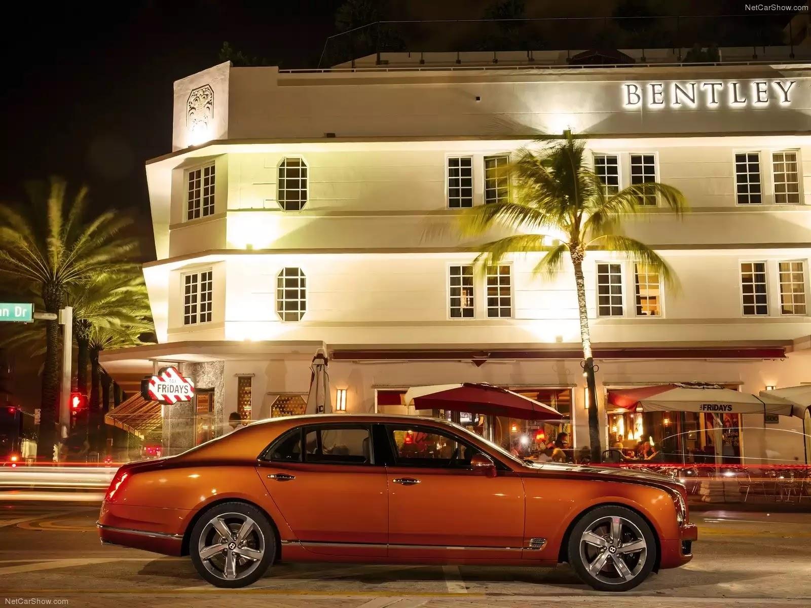 Hình ảnh xe ô tô Bentley Mulsanne Speed 2015 & nội ngoại thất
