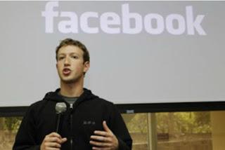Facebook Denies Losing Users