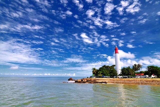 Wisata Pantai Tanjung Kalian