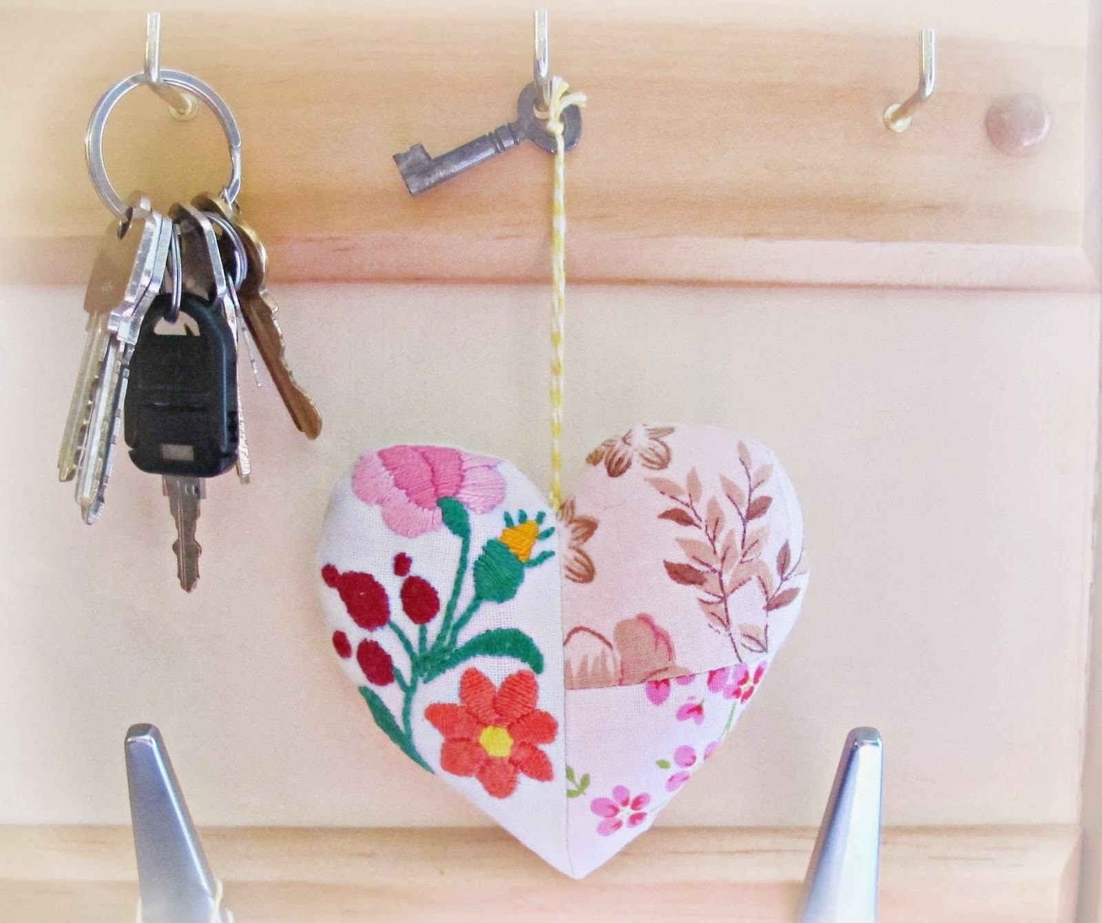 image key to my heart patchwork vintage embroidery pink white skeleton key domum vindemia ornament pincushion