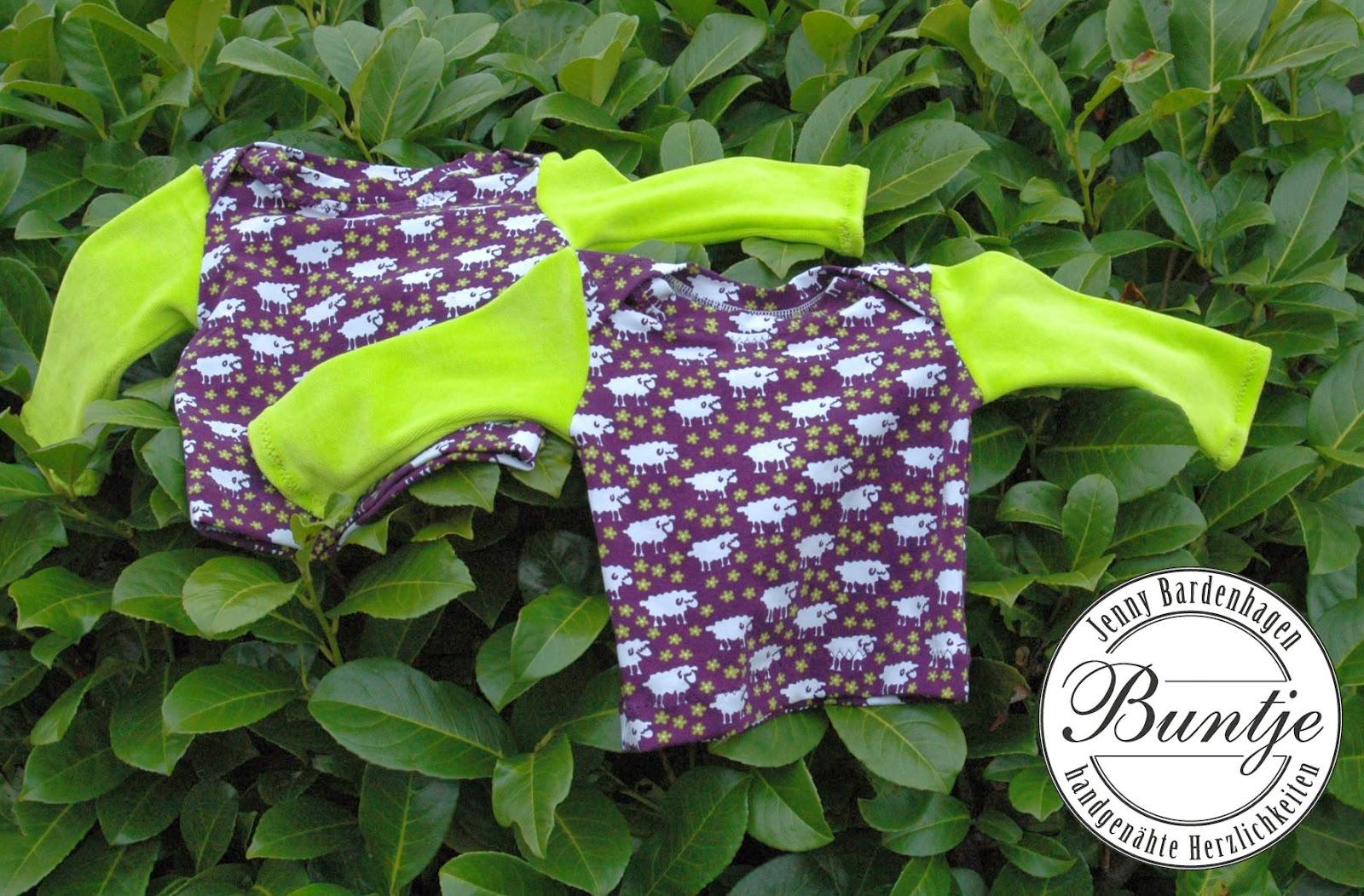 Shirt T-Shirt Pullover Baby Mädchen Nicky Kombination Jersey lila grün Schafe amerikanischer Ausschnitt Farbenmix Zwergenverpackung Baumwolle handmade nähen Buntje
