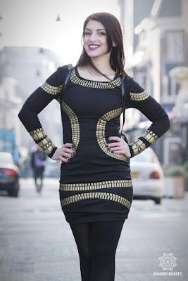 Model baju wanita dewasa masa kini