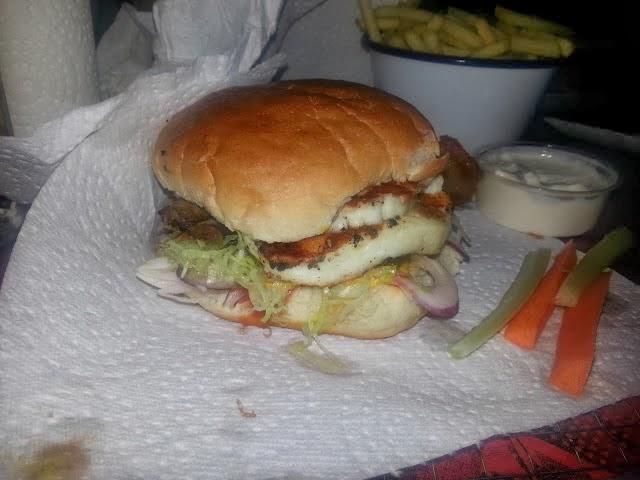 MEATMission: Halloumi Mushroom Burger