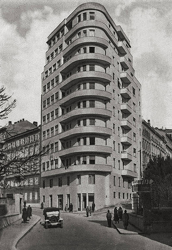 Architecture products image architecture in the 1930s for Architecture 1930